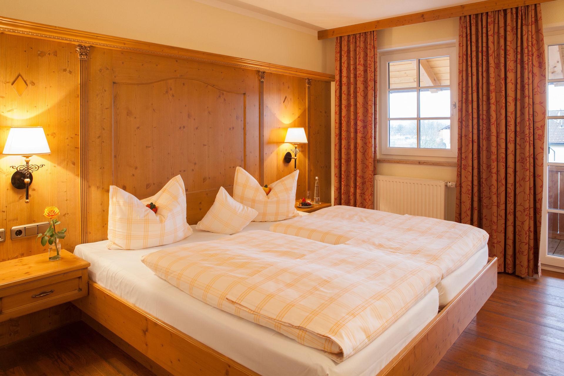 Komfort Zimmer Happinger Hof Rosenheim 4 Sterne Hotel Chiemsee